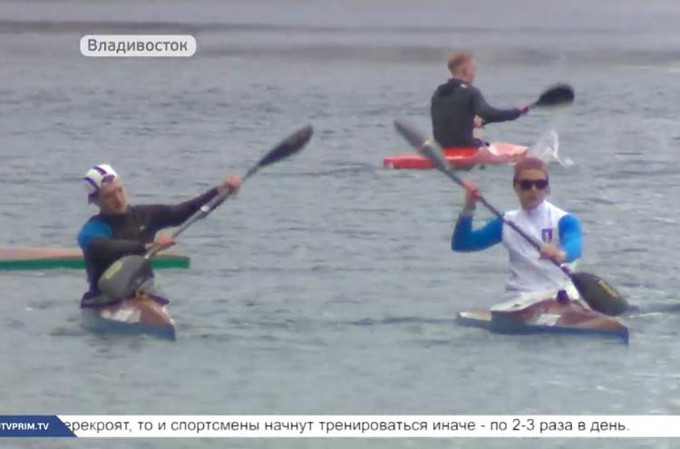 Приморские гребцы вышли на воду после вынужденного перерыва