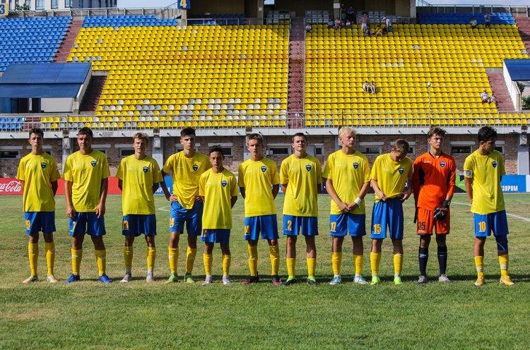 Команда КСШОР расположилась на втором месте после первого круга ЮФЛ ДВ