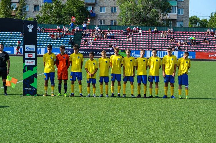 КСШОР разгромила «Локомотив» в 11-м туре ЮФЛ ДВ