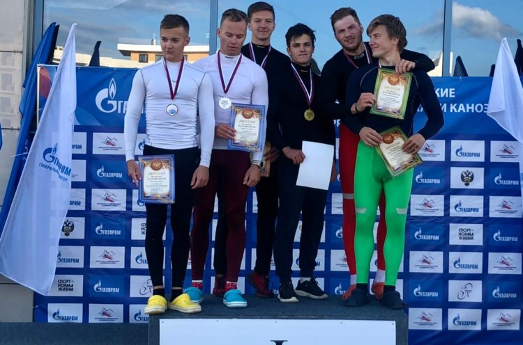 Приморцы выиграли «золото» на первенстве России по гребле на байдарках и каноэ